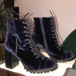 Report signature blue velvet Allon booties